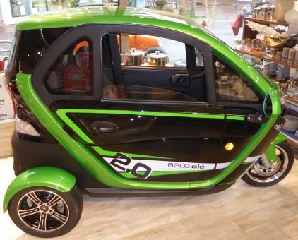 GECO Ole V6 3-Rad Kabinenroller 3kW grün