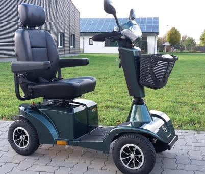 STERLING Elektro Vierradroller MAINLAND 15 km/h Grün Sonderedition Elektro Scooter