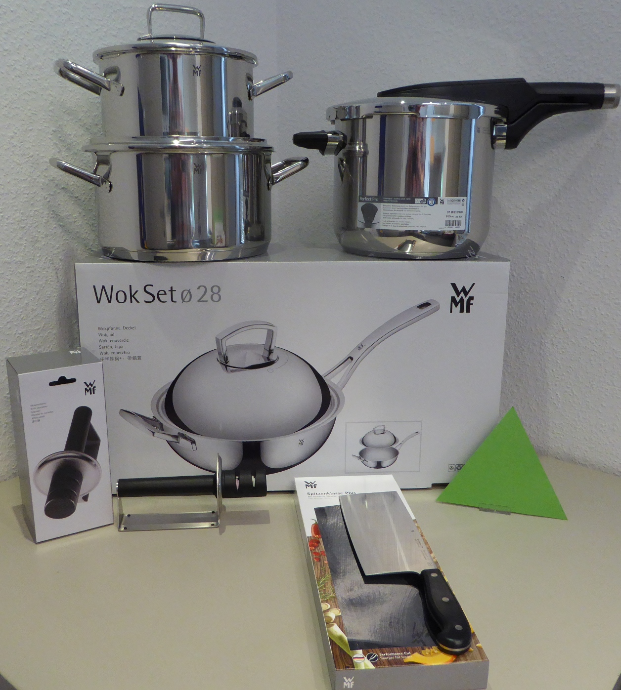 homann schenken kochen wohnen wmf asia set 1 wok t pfe messer made in germany. Black Bedroom Furniture Sets. Home Design Ideas